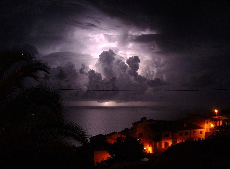 orage o désespoir 800px-10