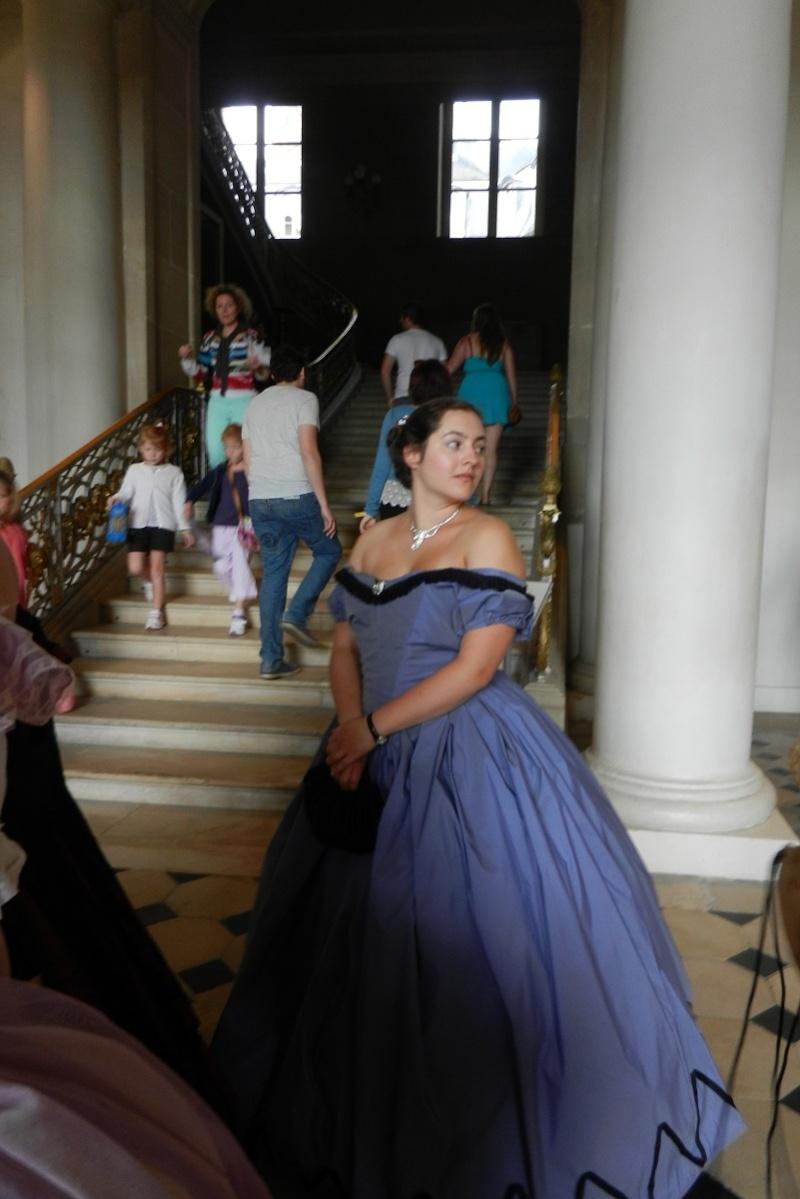 Palais impérial de Compiègne en crinoline et reconstitution du tableau de Winterhalter août 2014 Dscn6016