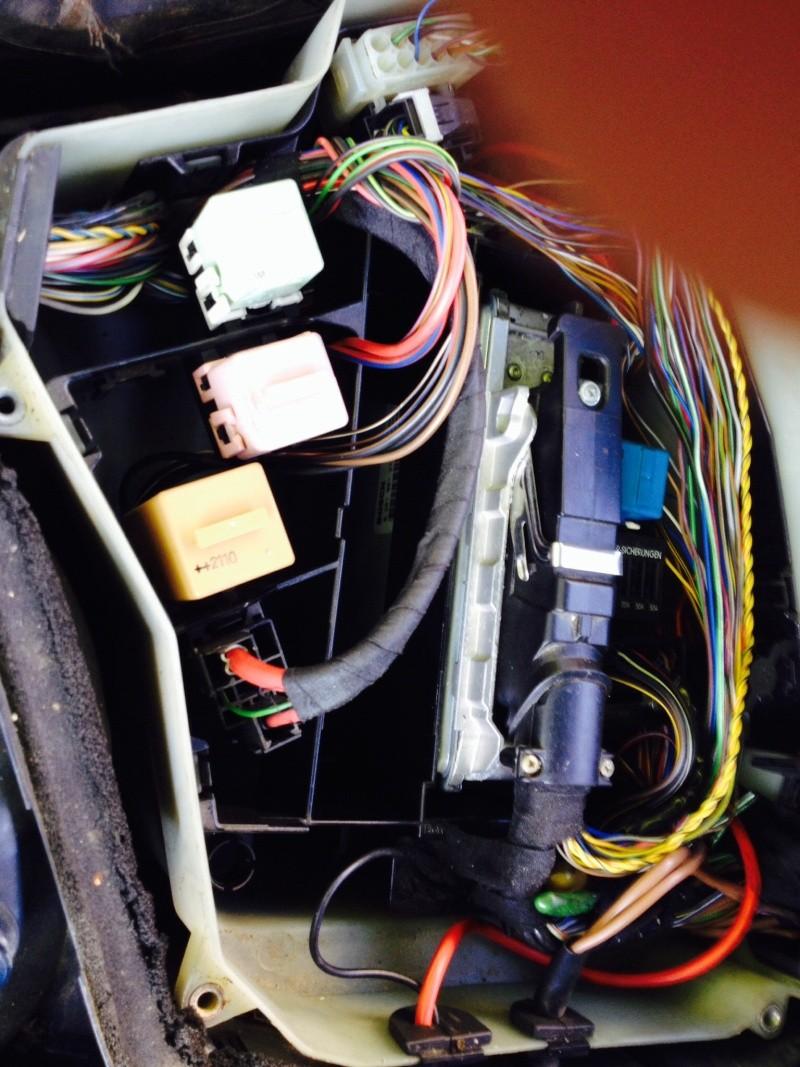 [ BMW E39 525 tds M51 an 1998 ] Panne d essuie glace et lave glace  - Page 4 Image33